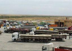 مرز مهران بر روی کامیون های ایرانی باز شد