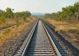 پیگیری ها برای اجرایی شدن خط آهن ایلام به نجف