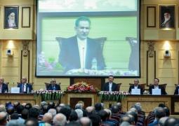 جهانگیری: شرکتهای ایرانی در بازار عراق آماده همکاری با همتایان عراقی خود هستند/ نخست وزیر عراق: کسانی هستند که نمیخواهند ایران و عراق پیشرفت کنند