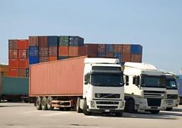 ترانزیت ۴ هزار دستگاه کامیون از پایانه مرزی مهران