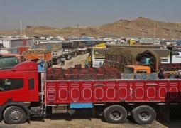 تجار براساس نیاز بازار عراق گوجهفرنگی وارد مرز پرویزخان کنند